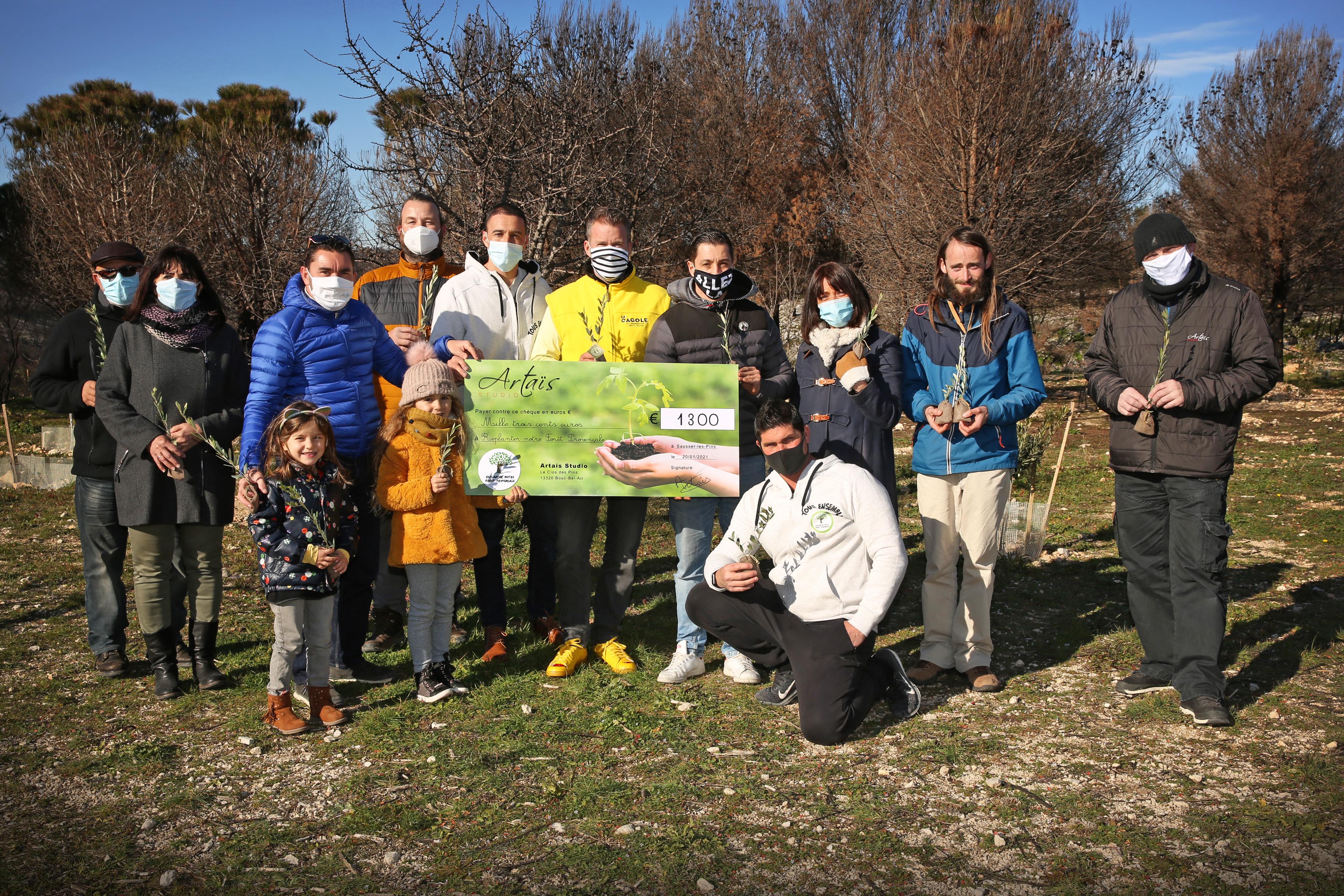 Artaïs fait un don de 1300€ pour la Forêt Provençale